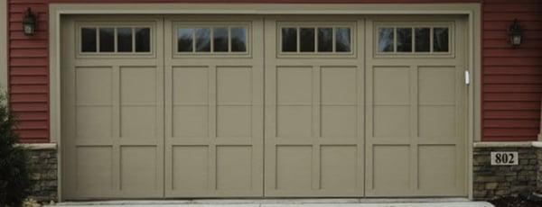 Courtyard Collection® Garage Doors 162e Stockbridge