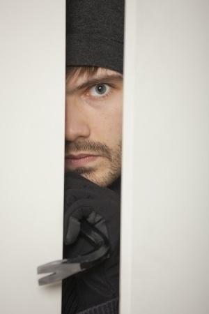 Burglar Proofing your garage door