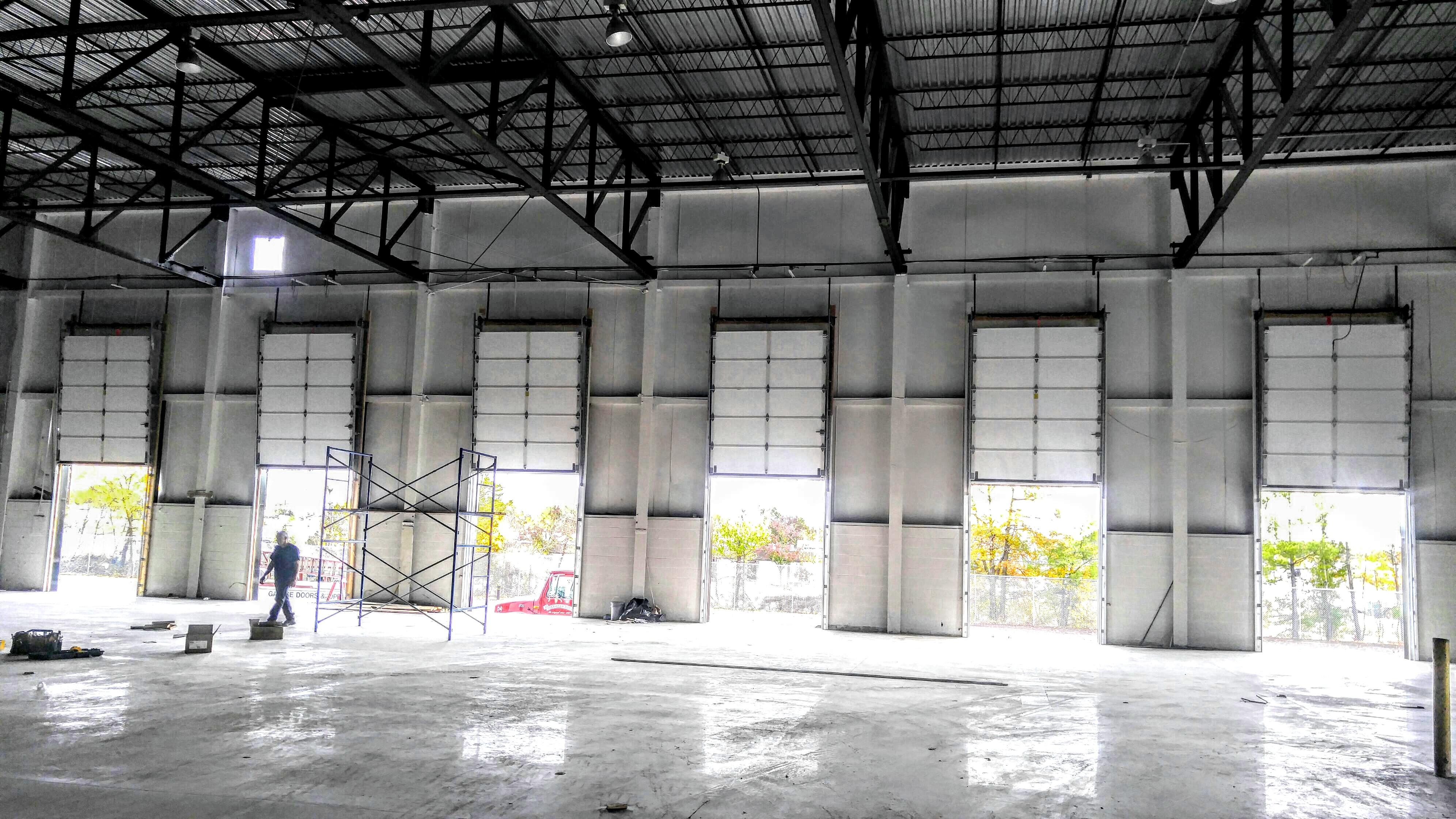 Sectional-Overhead-Doors-Distribution-Center.jpg